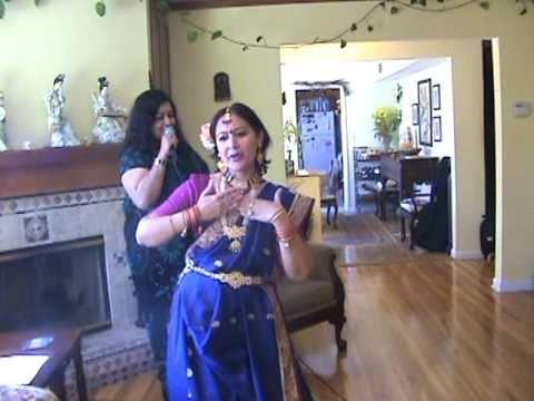 Piyu Bole-(Parineeta) Gargi & Jyoti performed