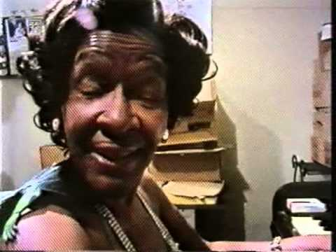 1960a Victoria Spivey - Black Snake Blues (fragment) (1990 All You Need Is Love)