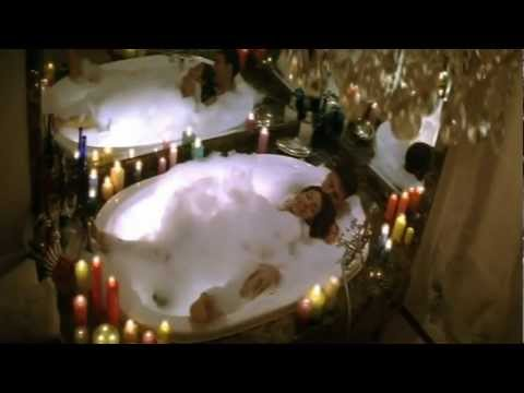 Yeh Dil Tumpe Aa Gaya - Aitraaz (2004) *HD* 1080p Music Video...
