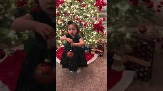 Funny baby Isabella head shoulder knee and toes dance 💃 lol .