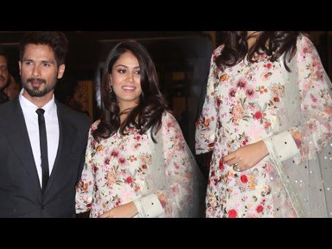 Shahid Kapoor's wife Mira Rajput FLAUNTS Baby Bump at Preity Zinta WEDDING RECEPTION
