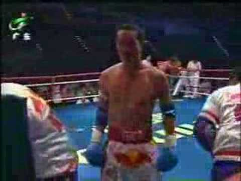 Sanda vs Muay Thai: Liu Hailong vs Robert Kaenorrasing Part 2