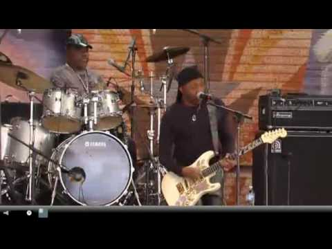 Ernie Isley&The Jam Band @ Farm Aid '09 Shout
