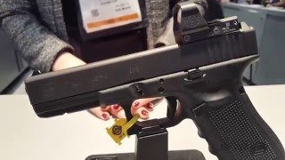 SHOT Show 2016: New Glock 17 MOS and Glock 19 MOS