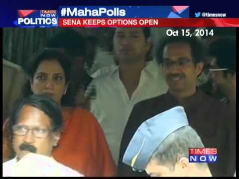 Shiv Sena keeps options open