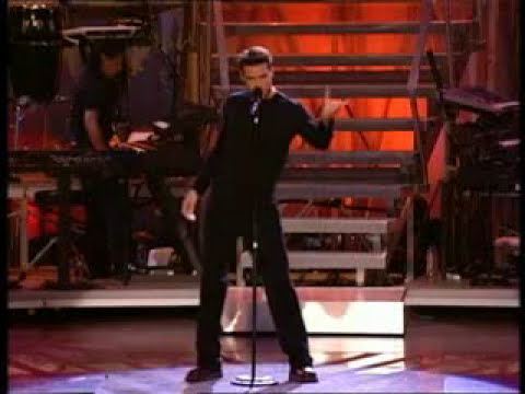 Ricky Martin - Spanish eyes, Lola, Lola, Shake your bon bon (One night only DVD)