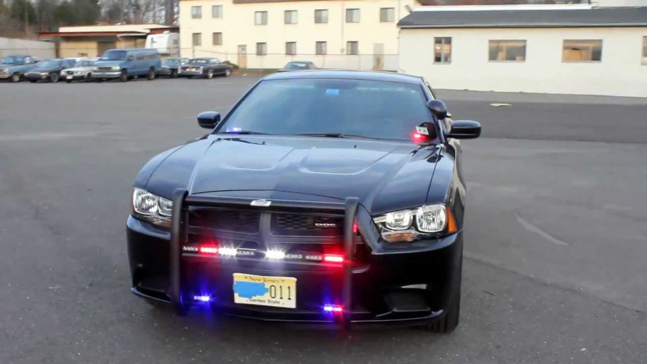 Unmarked Dodge Charger Police / FBI car - YouTube