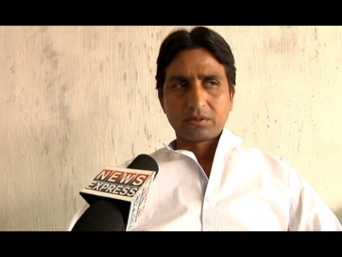 Battleground 2014: Vote Yatra With Aap Candidate ‪kumar Vishwas‬-part 1 video