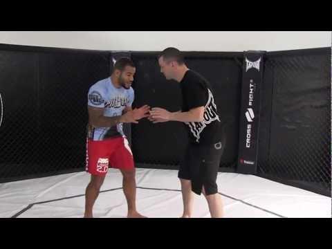 MMA Grappling Johan Romming Amenée au sol extérieure Image 1