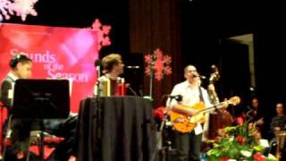 Watch Barenaked Ladies Green Christmas video