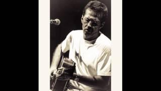 Watch Eric Clapton Drifting Blues video