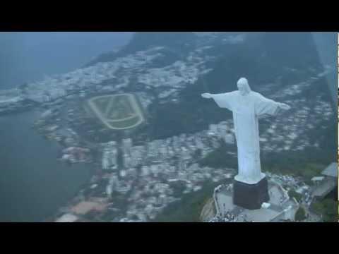TAKE OFF : FLY OVER RIO DE JANEIRO