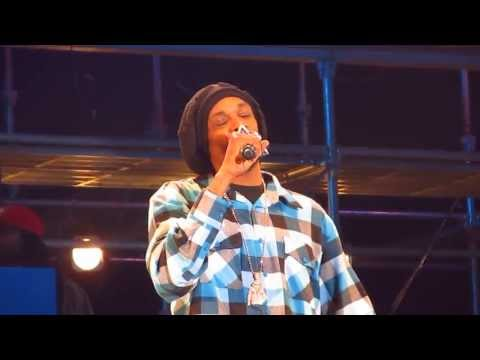 Snoop Dogg aka Snoop Lion - Young, Wild and Free at Snoop Dogg Live in Korea