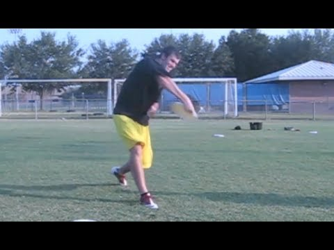 How To Pull A Frisbee Far | Brodie Smith