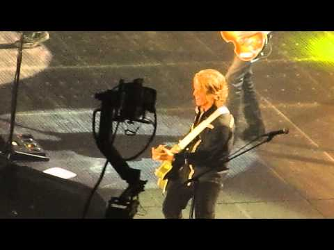 """Day Tripper"" Encore Paul McCartney 5/22/13"