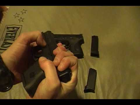 Glock 27 vs Smith & Wesson M&P 40c 40 Cal Sub Compact Video Review