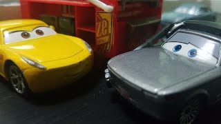 Disney Pixar Cars 3 Sterling With Headset (Florida 500 Rust-Eze Pit Crew Member) Review