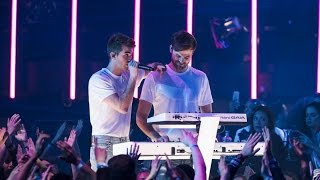 "download lagu The Chainsmokers ""paris"" gratis"