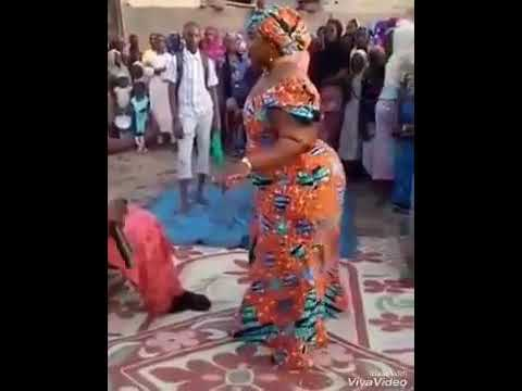 Hausa woman dancing great thumbnail