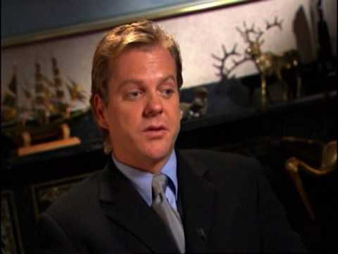 Kiefer Sutherland - Behind the Red Door Commentary