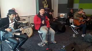 Download Lagu Padi Reborn - Begitu Indah Gratis STAFABAND