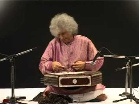Iilm Sanatan Sangeet Samman 2010 Conferred On Pandit Shiv Kumar Sharma video