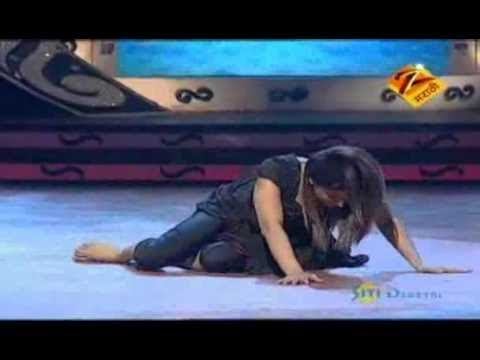 Eka Peksha Ek Apsara Aali March 24 11 - Neha Pendse