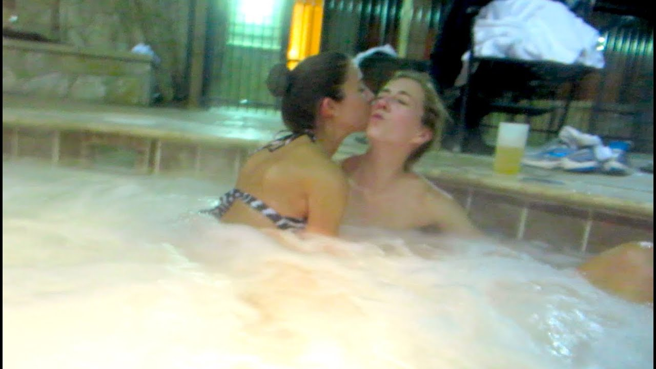 how to like a girl out jacuzzi