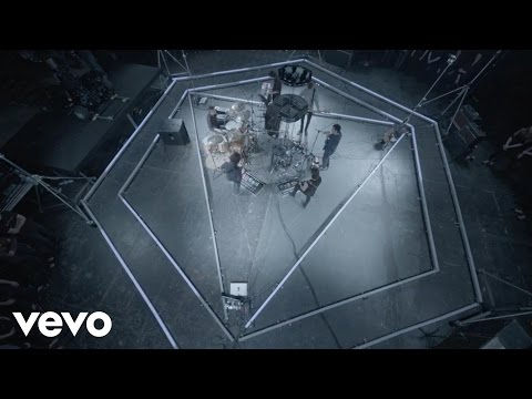 VEVO Presents: The Maccabees (In The Dark)