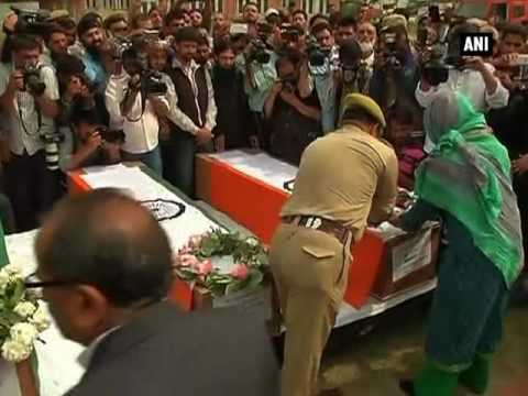 Mehbooba Mufti pays tribute to policemen martyred in terrorist attacks
