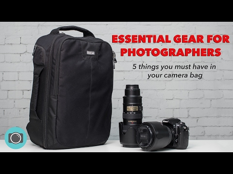 Essential camera gear - 5 must have items for your camera bag
