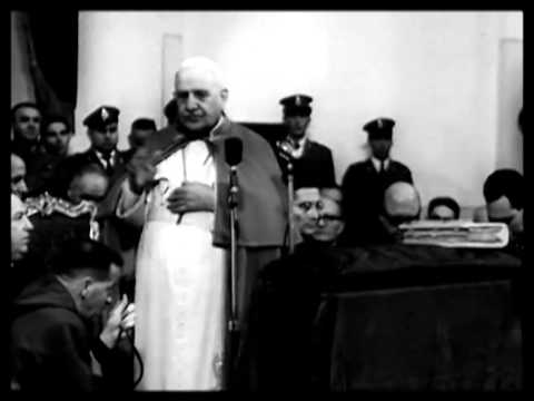 Pope John visits prisoners in Rome prison 1958