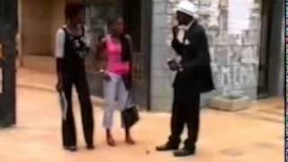 Mbaye Dosé : qu'est ce qu'une voyelle ?