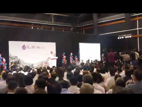 Prime Minister Lee Hsien Loong thanks Transport Ministers