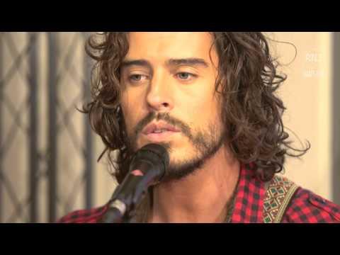 Frero Delavega - Le Chant Des Sirènes
