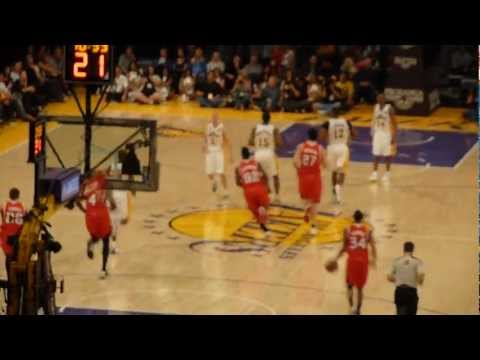 Lakers vs. Hawks (3/3/2013): Start Of The 4th Quarter Action LIVE!