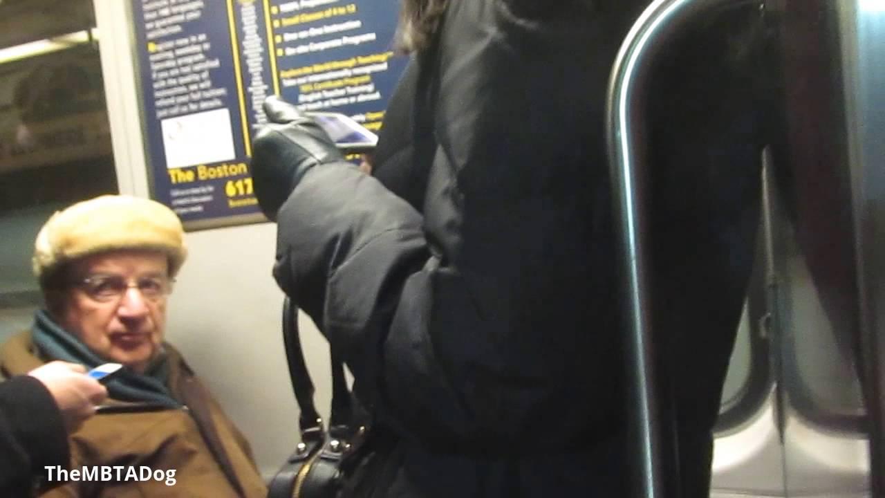 How to Ride the MBTA Subway in Massachusetts