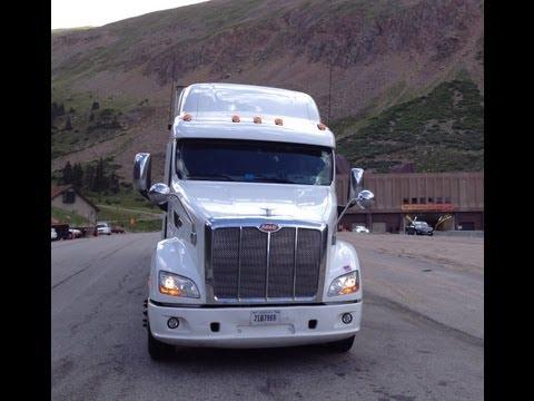 Abastecendo o caminhão e a carreta refrigerada - Gopro HD Hero 3