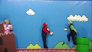 Me Resbala - ¿Está Consuelo?: La historia de Mario Bros