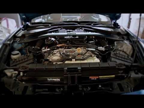 Grazie ad un ingegnere italiano nasce l'auto ad H20: 5000 km con 5 litri!