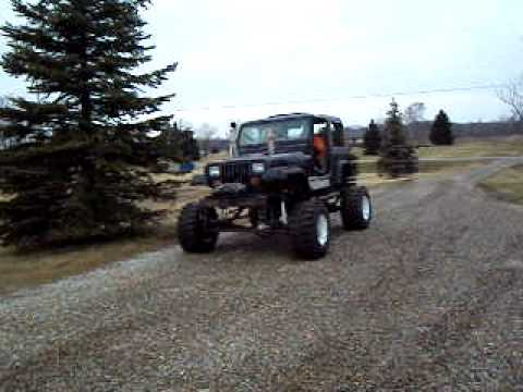 1992 Jeep wrangler with 454 Big Block Chevy bogger project
