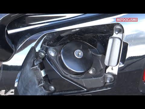Superteste - Suzuki Burgman 650 - Revista Motociclismo