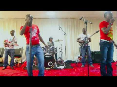 Alick Macheso-vakiridzo Live 2012 video