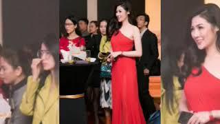 Á hậu Dương Tú Anh khoe vai trần và đường cong gợi cảm với váy rạ hội đỏ rực