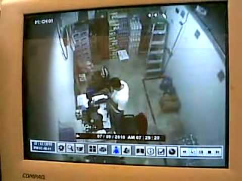 video de fantasma en oxxo