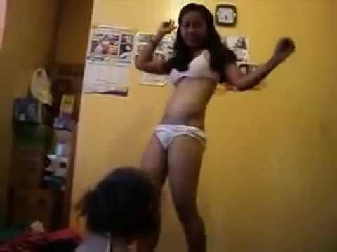 Ibu Goyang Hot Di Depan Anak video