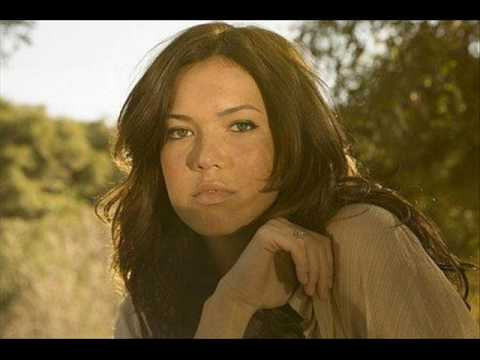 Mandy Moore - Looking Forward To Looking Back