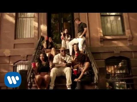 Flo Rida ft. Robin Thicke & Verdine White - I Don't Like It, I Love It [Official Video]