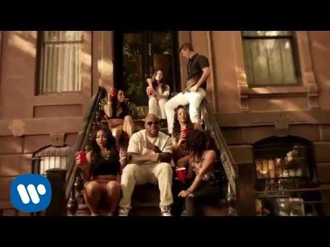 Flo Rida ft. Robin Thicke & Verdine White - I Don't Like It, I Love It [Official Video]