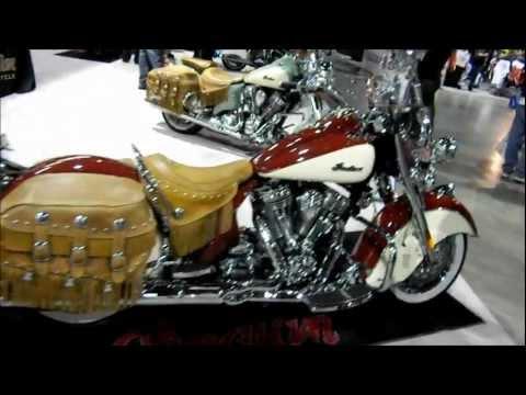 2012 Indian Motorcycle Cruiser Walk Around. SEXY Girls Models. Nikon S70 Video Test. VLOG